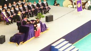 明治大卒業式2.JPG